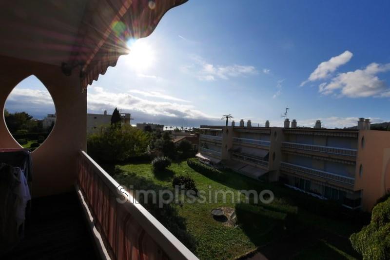 appartement  3 rooms  Golfe-Juan Close ti the beaches  61m² -