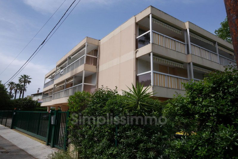 appartement  2 rooms  Juan-les-Pins Close ti the beaches  35 m² -