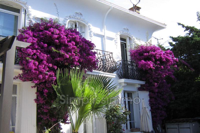 maison  5 rooms  Golfe-Juan   147m² -