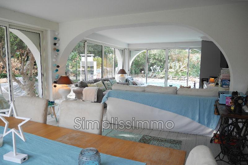 maison  5 rooms  Juan-les-Pins Close ti the beaches  230m² -