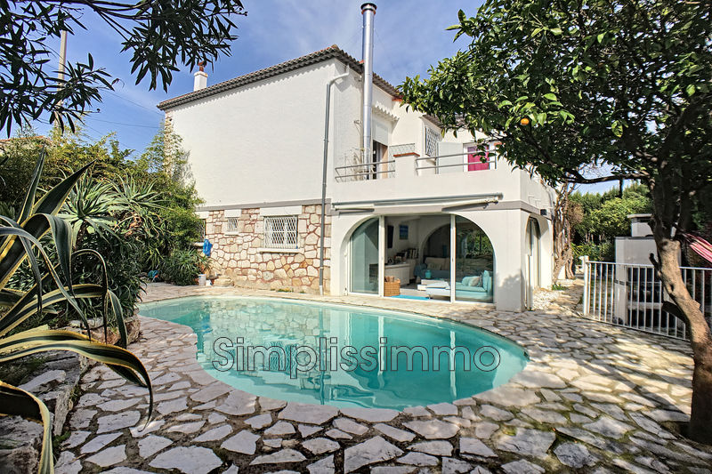 maison  5 rooms  Juan-les-Pins Close ti the beaches  170 m² -
