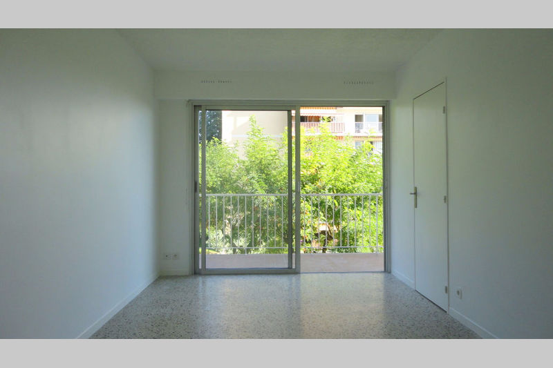 Photo n°3 - Vente appartement Antibes 06600 - 117 400 €