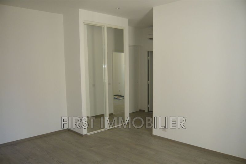 Photo Appartement Cannes Banane,  Location appartement  2 pièces   30 m²