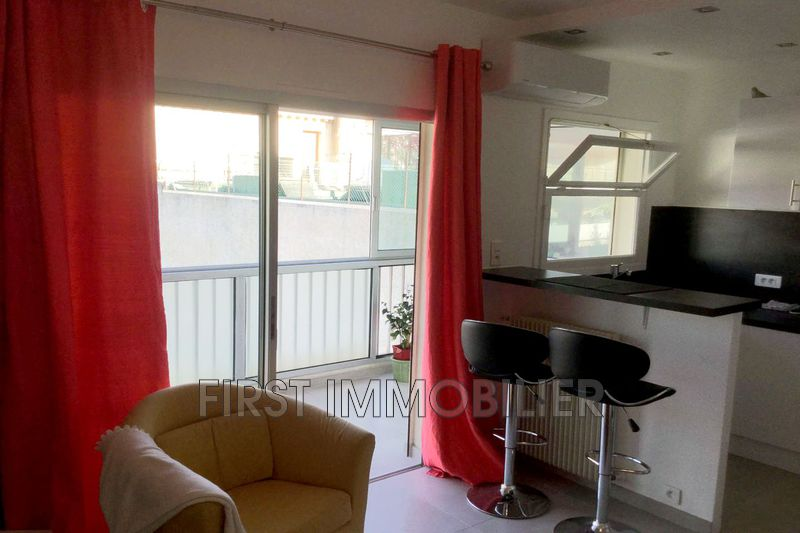 Photo Apartment Cannes Banane,  Location saisonnière apartment  1 room   23 m²