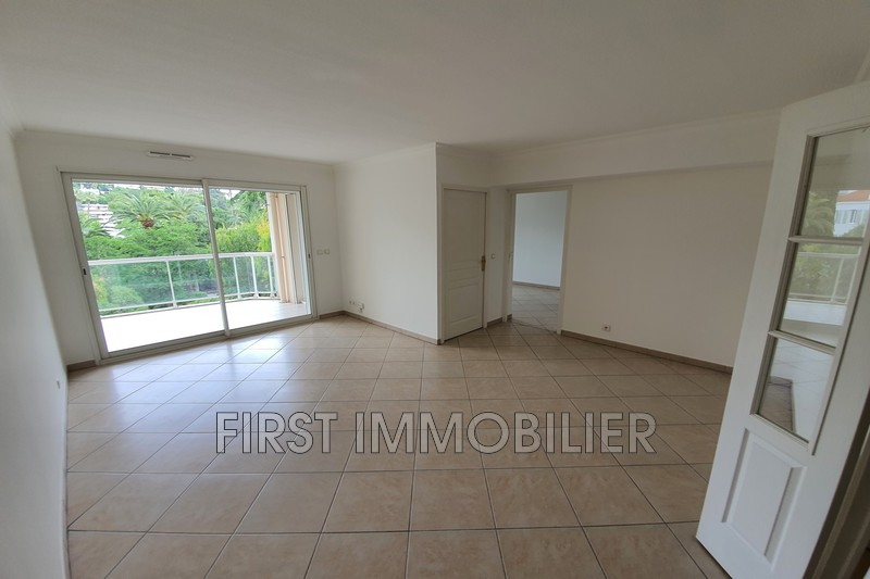 Photo n°2 - Location appartement Cannes 06400 - 1 200 €