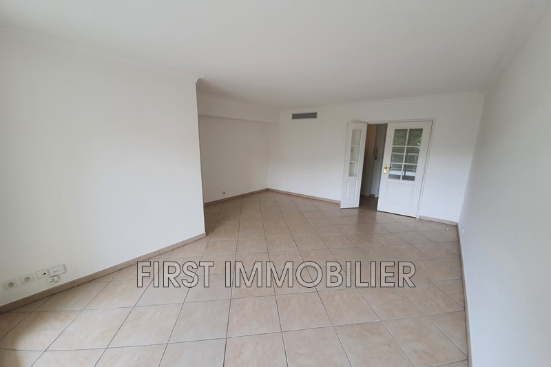 Photo n°5 - Location appartement Cannes 06400 - 1 200 €