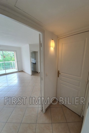 Photo n°3 - Location appartement Cannes 06400 - 1 200 €