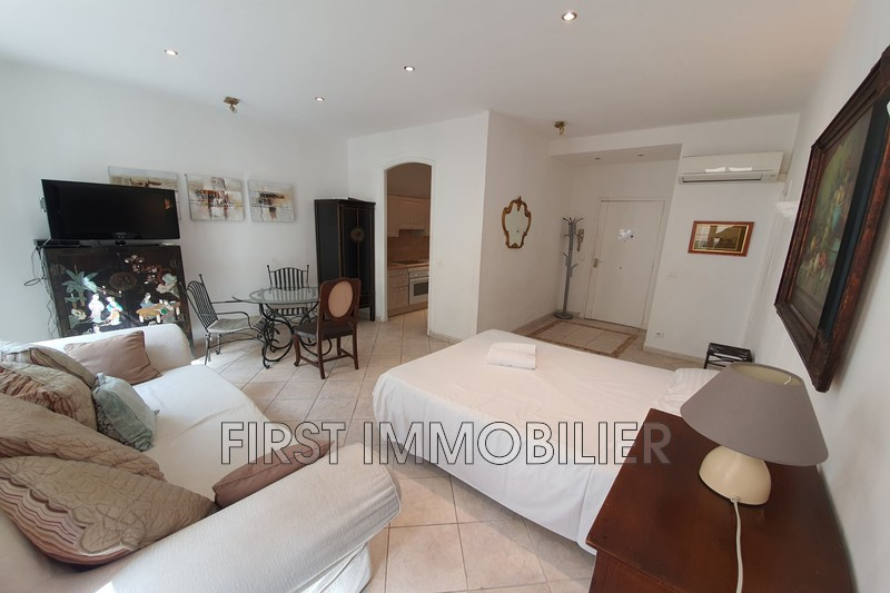 Photo Apartment Cannes Banane,  Rentals apartment  2 rooms   54 m²