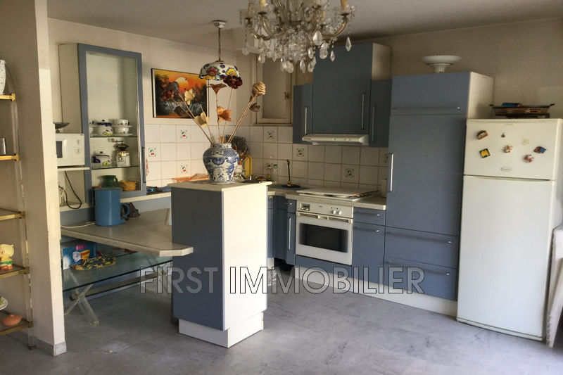 Photo n°3 - Vente appartement Cannes 06400 - 145 000 €