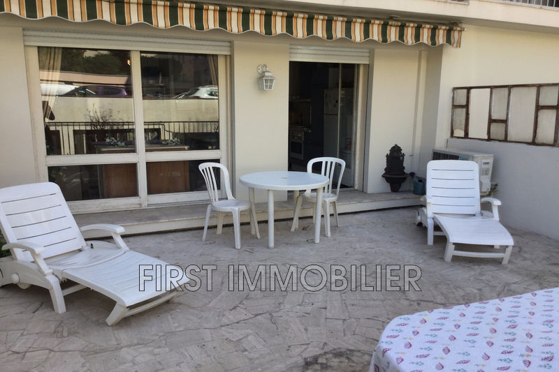 Photo Appartement Cannes Centre-ville,   to buy appartement  1 room   36m²