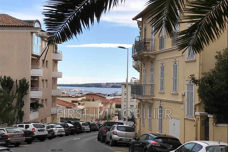 Photo Apartment Cannes Centre-ville,   to buy apartment  2 rooms   44 m²