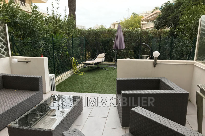 Photo Apartment Cannes Palm beach,   to buy apartment  2 rooms   58 m²