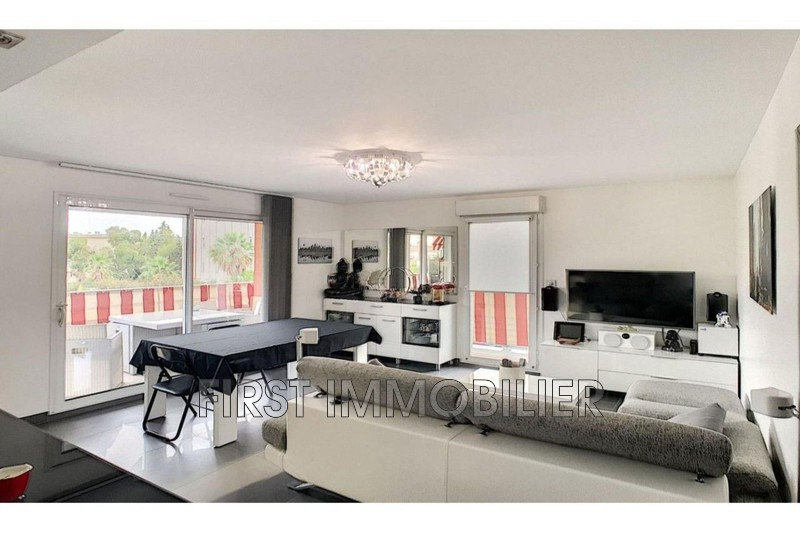 Photo Apartment Cannes Croix des gardes,   to buy apartment  3 rooms   58 m²