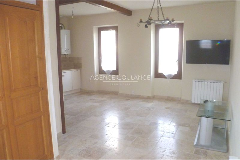 Photo Apartment La Ciotat Centre-ville,  Rentals apartment  2 rooms   45 m²