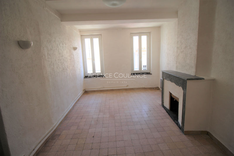 Photo Appartement La Ciotat Centre-ville,  Location appartement  1 pièce   40 m²