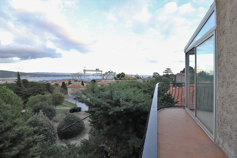Photo Appartement La Ciotat Quartier de figuerolles,  Location appartement  3 pièces   77 m²