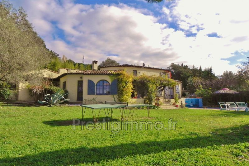 Luxury property Mougins Proche ville au calme,  Rentals luxury property  5 bedroom   280 m²
