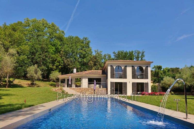 Photo Luxury property Mougins Proche ville au calme,  Rentals luxury property  5 bedroom   350 m²