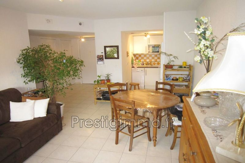 Photo Apartment Mandelieu-la-Napoule Centre ville,  Rentals apartment  2 rooms   41 m²