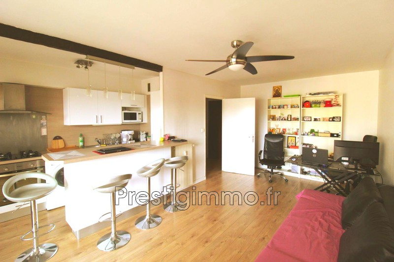 Photo Apartment Antibes Centre-ville,  Rentals apartment  2 rooms   54 m²