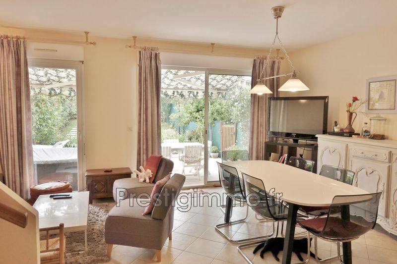 Photo n°3 - Location maison Antibes 06600 - 1 450 €