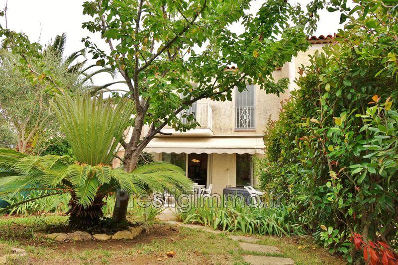 Photo n°2 - Location maison Antibes 06600 - 1 450 €