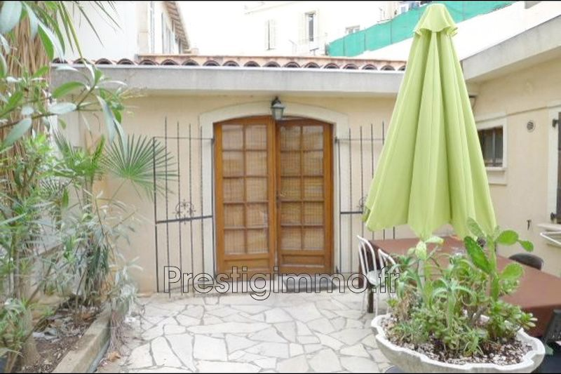 Apartment Antibes Centre-ville,  Rentals apartment  2 rooms   40 m²