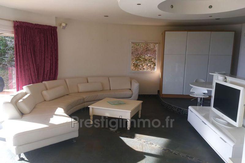 Photo n°2 - Location maison contemporaine Roquebrune-Cap-Martin 06190 - 3 000 €