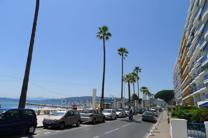 appartement  1 room  Juan-les-Pins Promenade  25 m² -