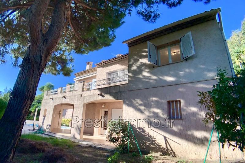 Villa Mandelieu-la-Napoule Proche ville au calme,  Location villa  5 chambres   201m²