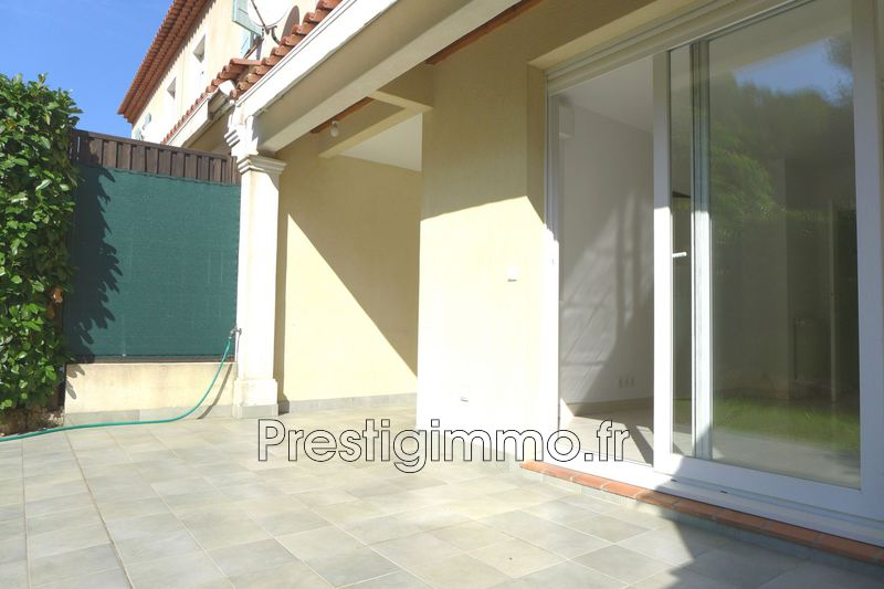 Photo Maison Antibes Les terriers,  Location maison  3 bedroom   82 m²