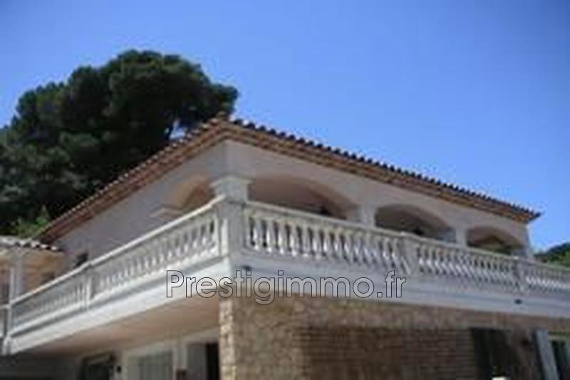 maison  4 pièces  Vallauris Calme vue mer  110m² -