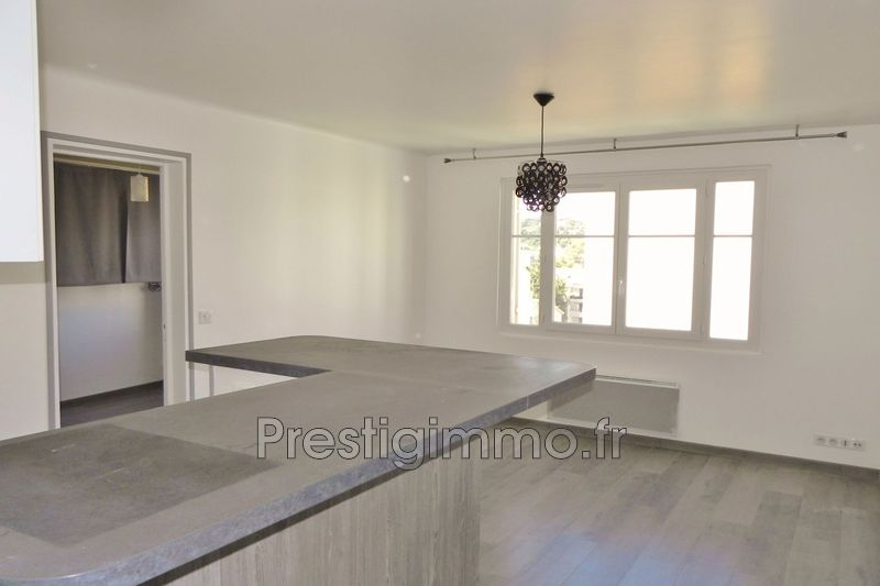 Apartment Vallauris Centre-ville,  Rentals apartment  2 rooms   35 m²