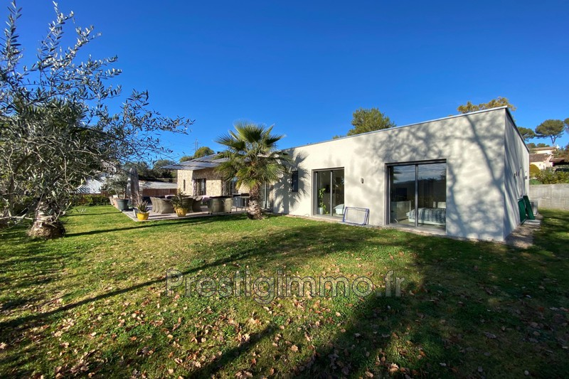 Maison contemporaine Mougins Proche ville au calme,  Location maison contemporaine  5 chambres   220 m²