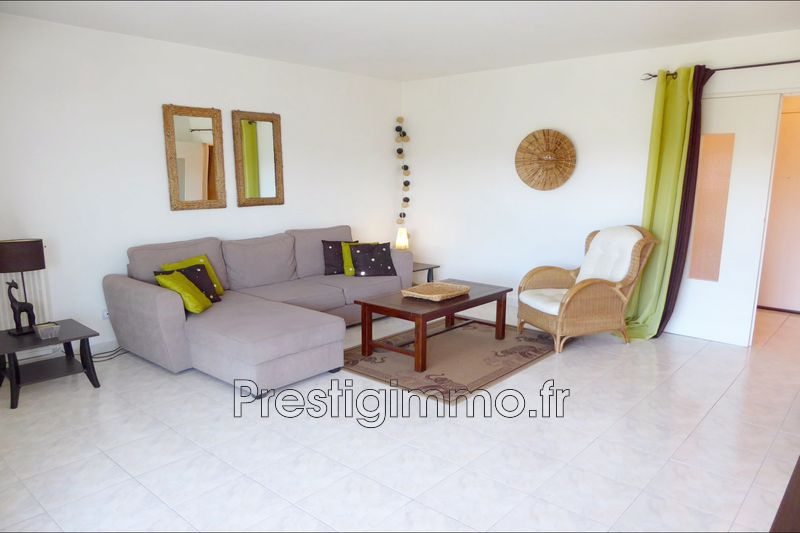 Apartment Juan-les-Pins Les eucalyptus,  Rentals apartment  2 rooms   56 m²