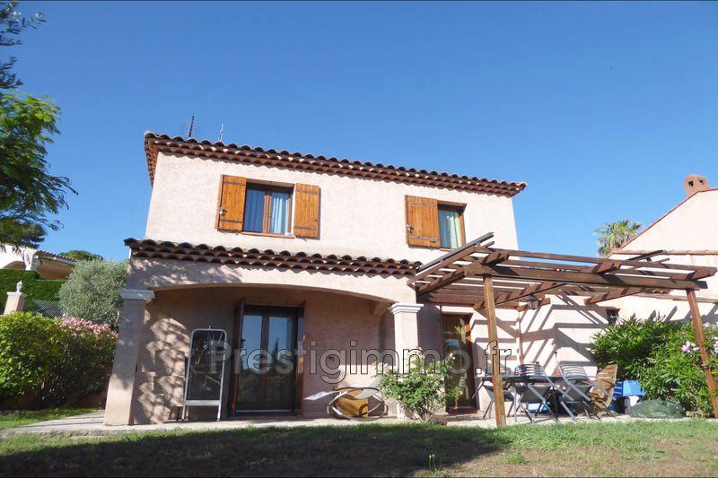 Villa Vallauris Hors agglomération,  Location villa  3 chambres   87m²