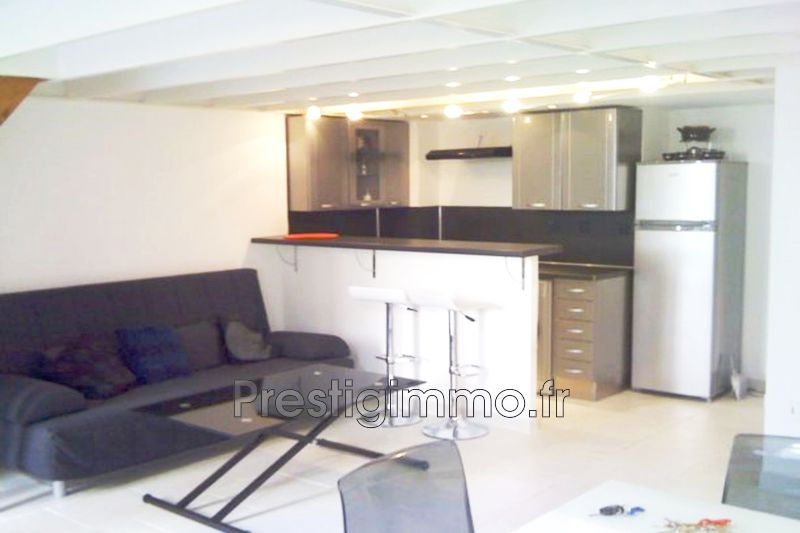 Photo Apartment Menton Centre-ville,  Rentals apartment  2 rooms   50 m²