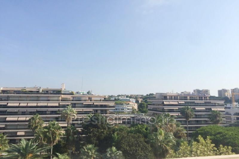 Apartment Juan-les-Pins Square pauline,  Rentals apartment  2 rooms   34m²