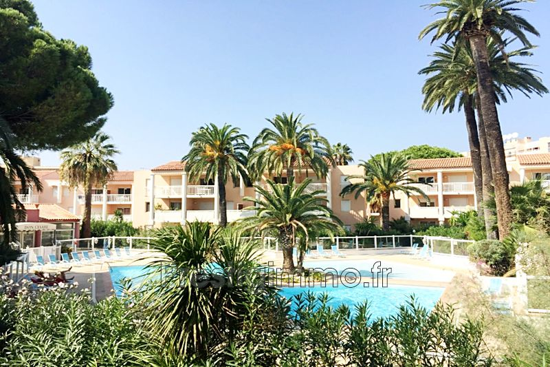 Apartment Golfe-Juan Proche plages,  Rentals apartment  3 rooms   42 m²