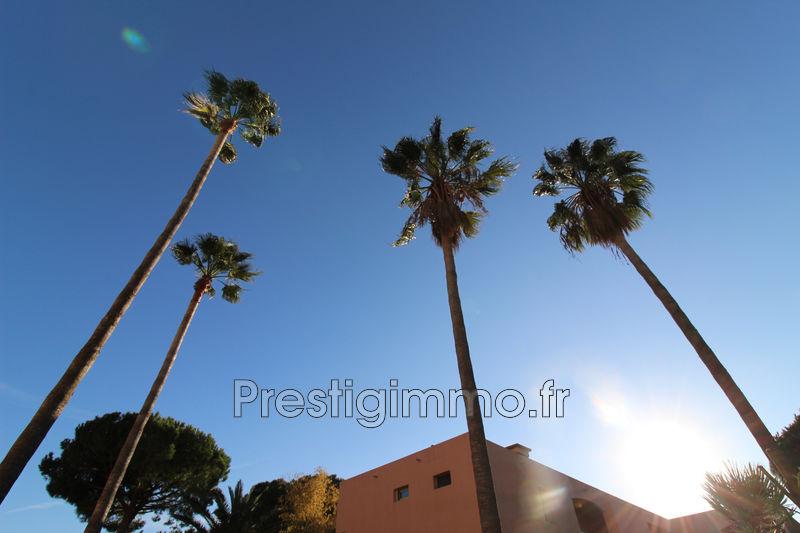 Appartement Golfe-Juan Proche plages,  Location appartement  3 pièces   42m²