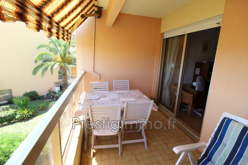 Appartement Vallauris Proche plages,  Location appartement  1 pièce   29m²
