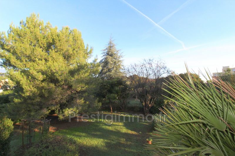 Appartement Antibes Les combes,  Location appartement  3 rooms   67 m²
