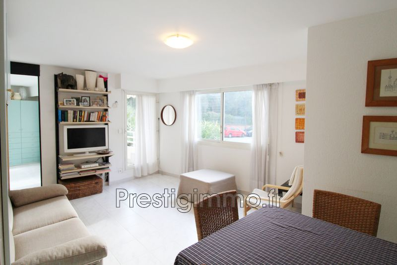appartement  2 rooms  Juan-les-Pins Downtown  47 m² -