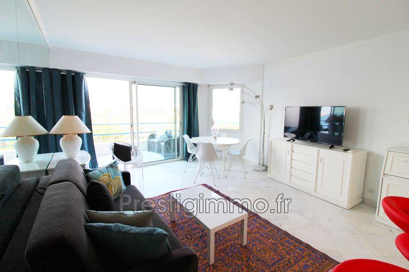Photo n°2 - Location appartement Juan-les-Pins 06160 - 1 250 €