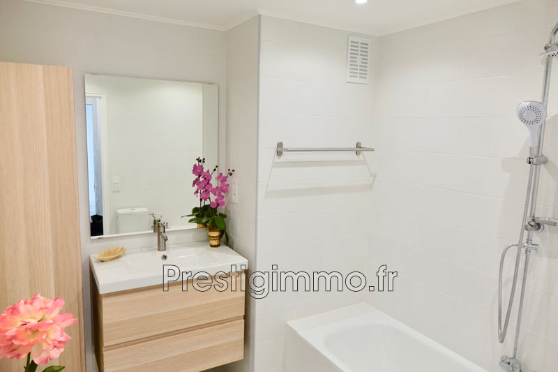 Photo n°8 - Location appartement Cannes 06400 - 980 €