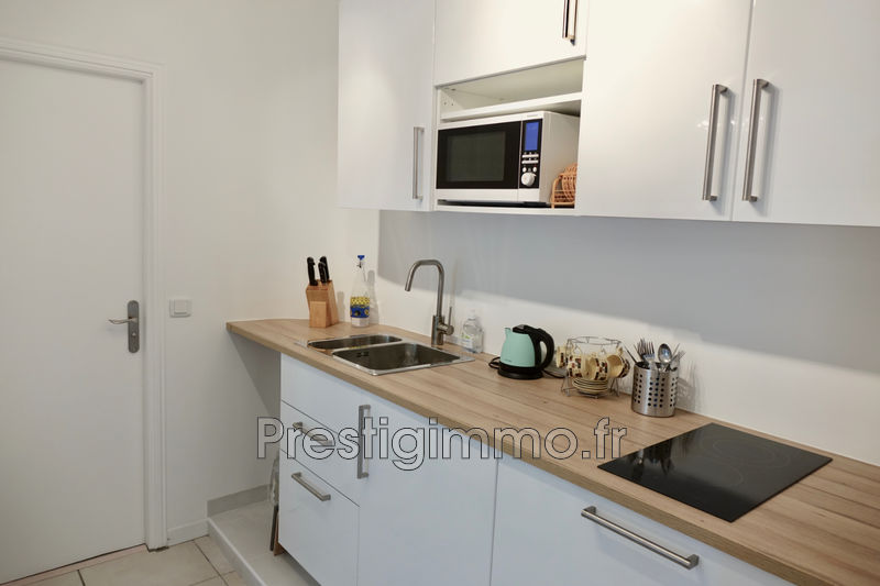 Photo n°7 - Location appartement Cannes 06400 - 980 €