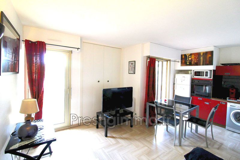 Photo Apartment Vallauris  Rentals apartment  1 room   25 m²