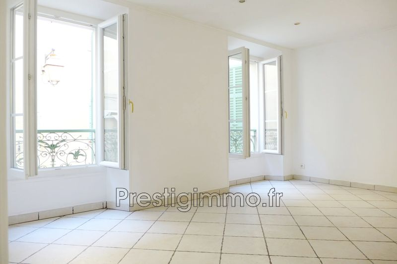 Appartement Valbonne Village,  Location appartement  2 pièces   40 m²