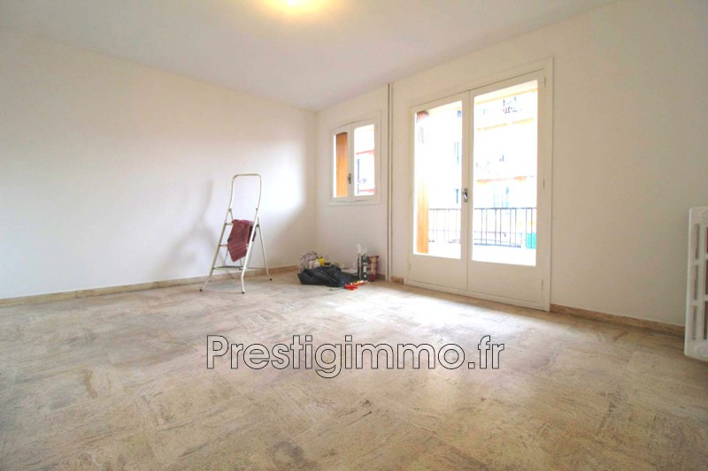 Photo Appartement Vallauris Stade,  Location appartement  2 pièces   45 m²