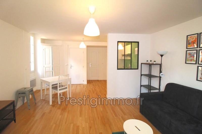 Appartement Vallauris Centre-ville,  Location appartement  1 pièce   28m²